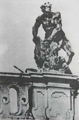 Пінзель, Геракл перемагає Немейського лева (вапняк)